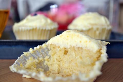 bergamot cupcakes bite